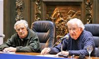 José Mujica y Noam Chomsky.
